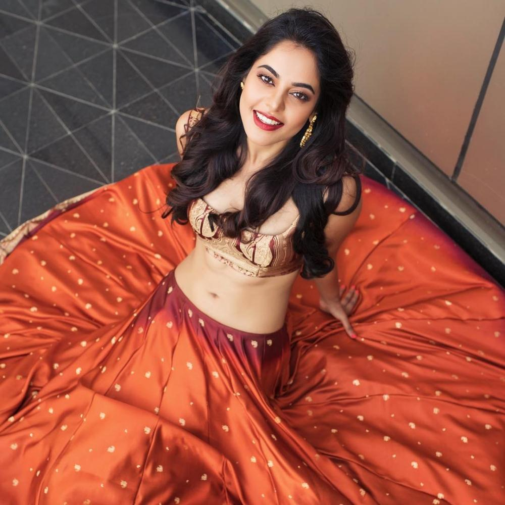 bindu-madhavi-we-magazine-photos-stills-2_0