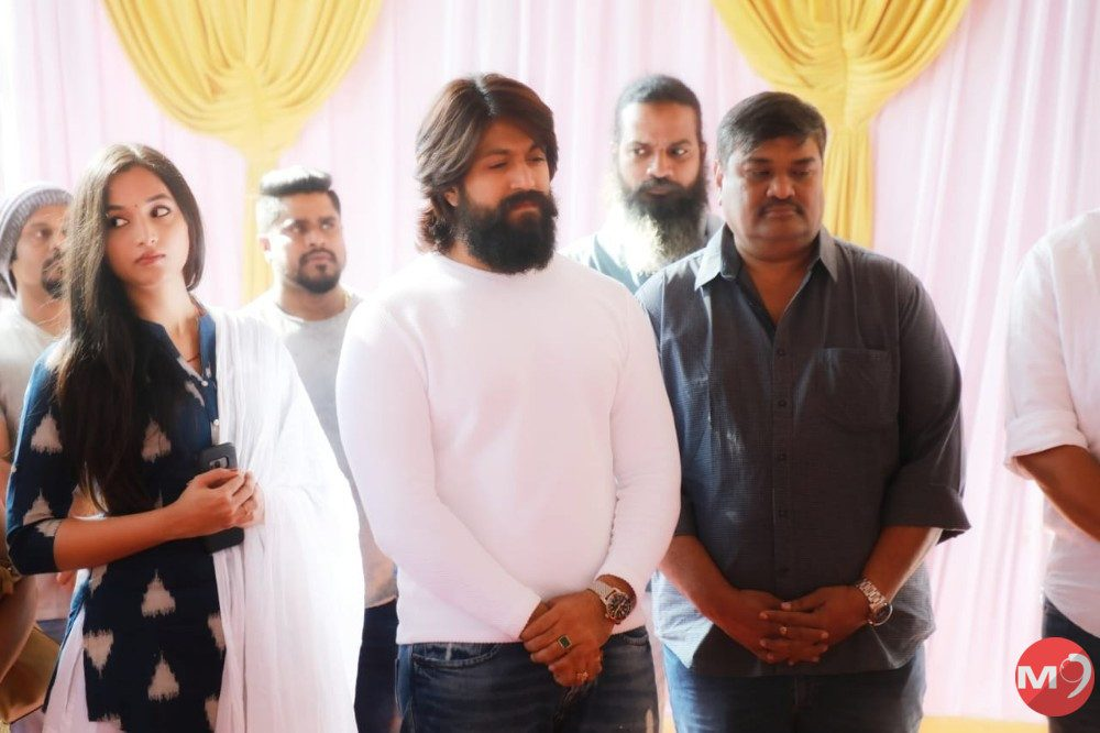 kgf-chapter-2-movie-launch-1