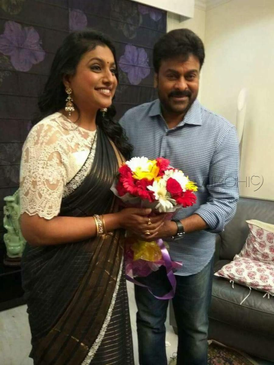roja-chiranjeevi-interview-for-khaidi-no-150-on-sakshi-tv-photos0_0