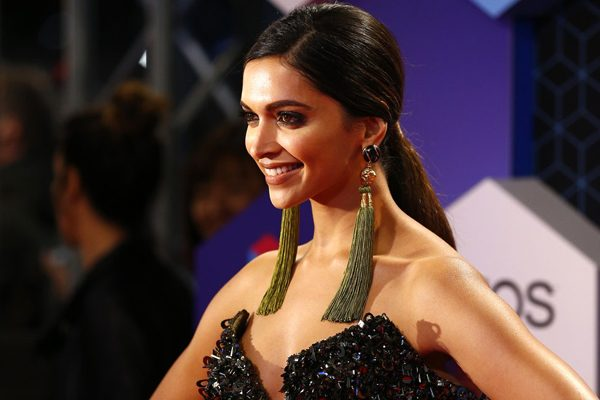 Deepika Padukone - First Actress to Charge 12 Cr Remuneration!