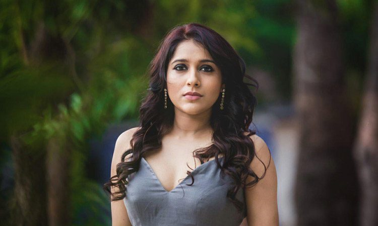 Rashmi Gautam Ready for a Night But Conditions Apply