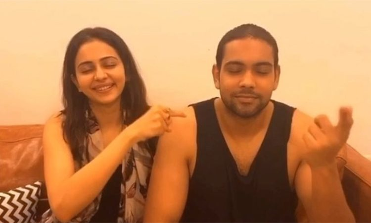 Rakul-Preet-Says,-He's-Likely-to-Get-Pregnant-First