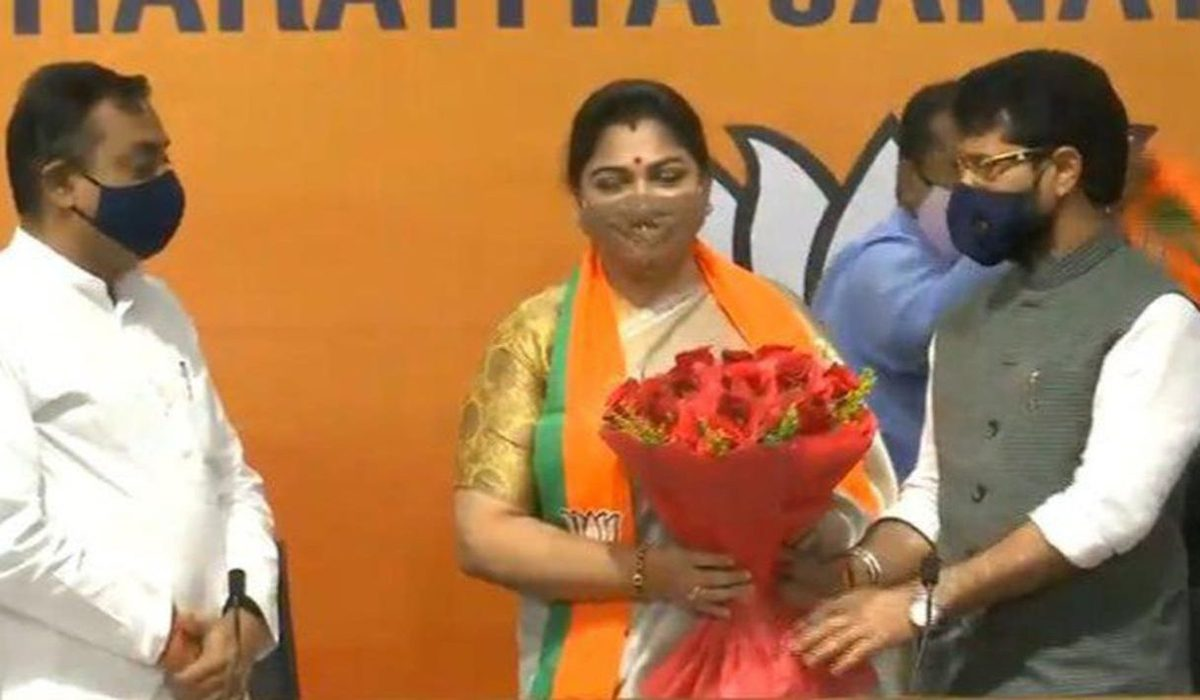 Kushboo joins BJP